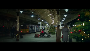 Vodafone - Love On The Platform