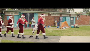 Aldi - Synchronised Santas