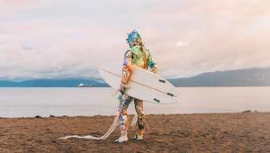 Corona - Plastic Beachgoers